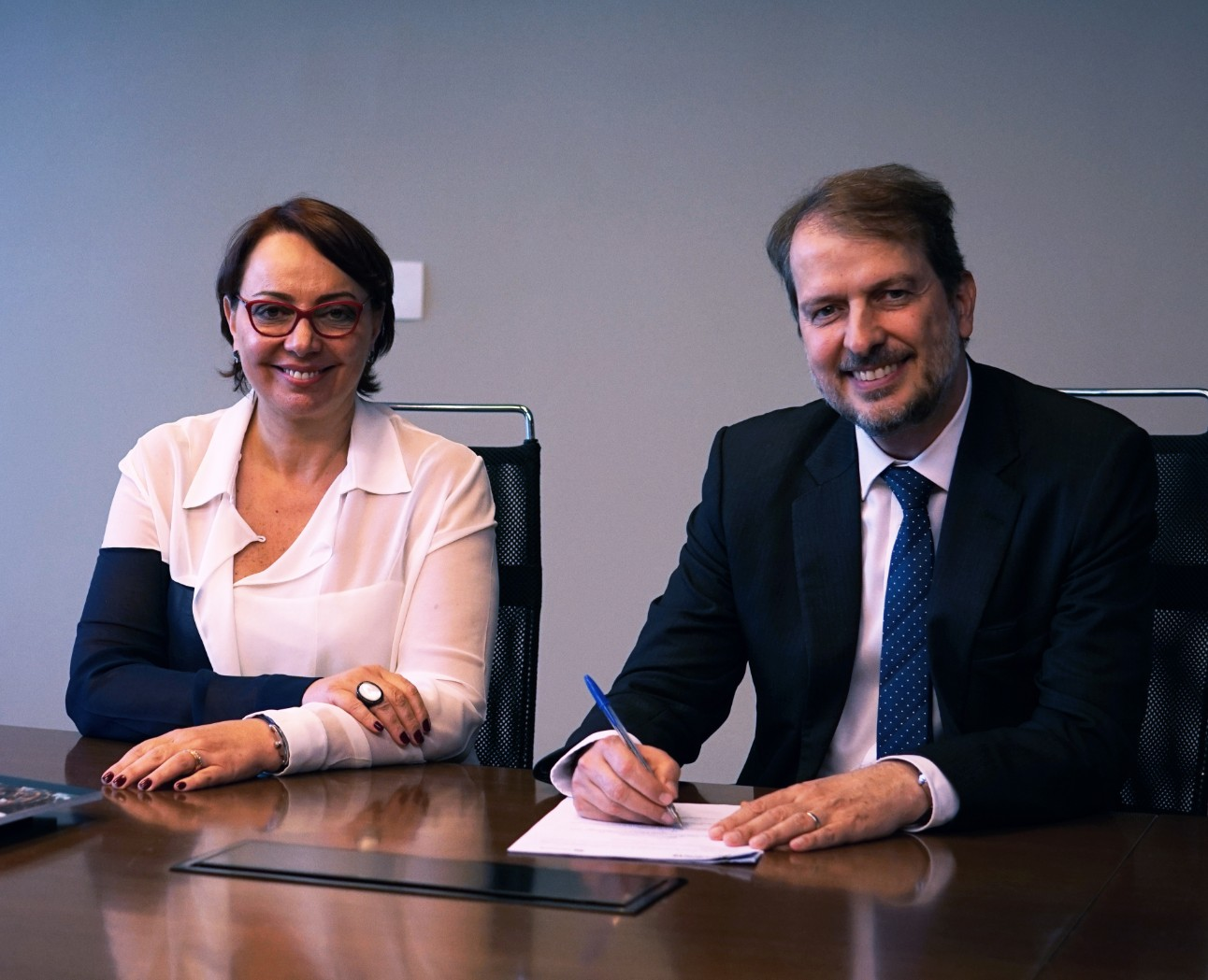 SESI e SENAI assinam acordo de cooperação com Microsoft para capacitação de jovens em Inteligência Artificial